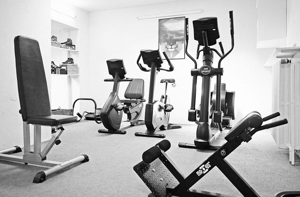 rafik-sports-personal-training-boxen-fitnessbereich